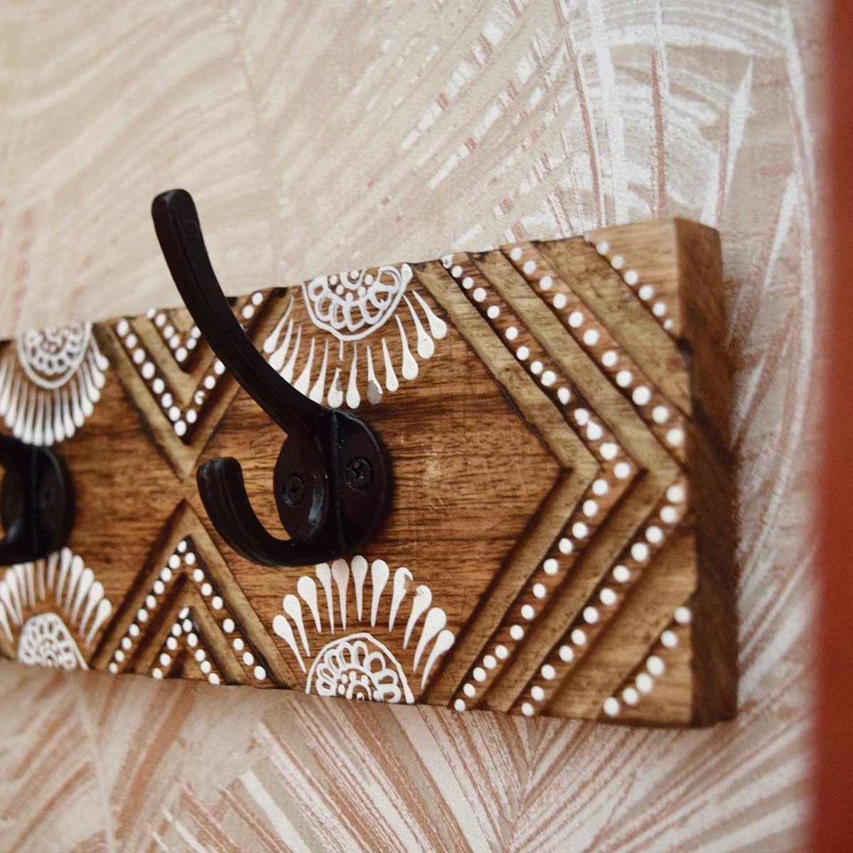 Patère en bois sculpté 5 crochets