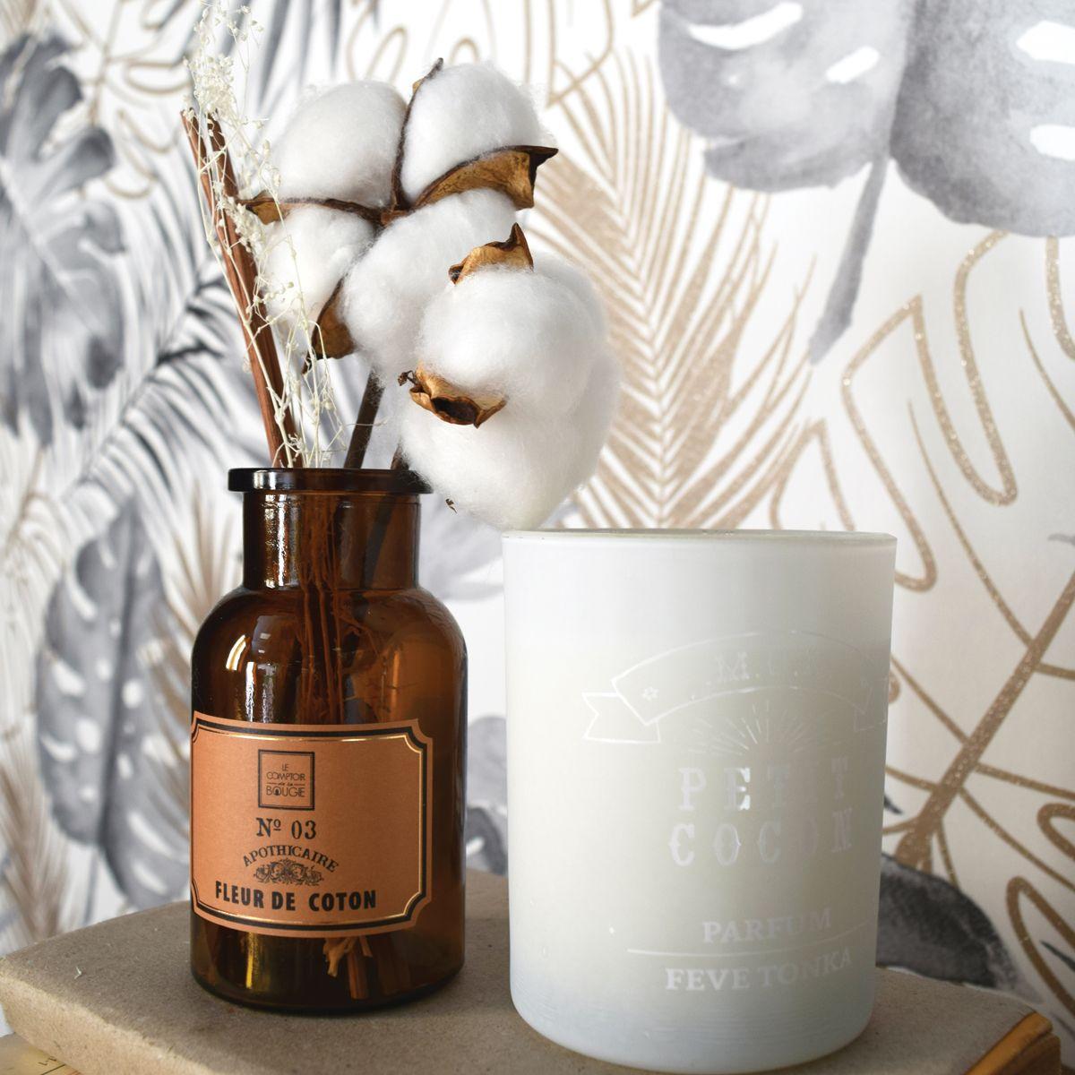 Diffuseur de parfum avec fleurs séchées